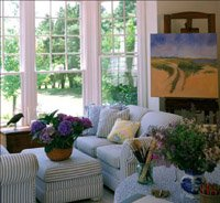 A nantucket cottage-style room.