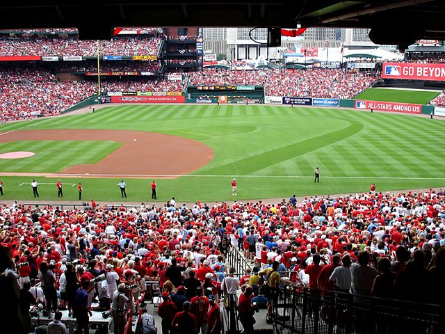 70c44f43cba A packed crowd at Busch Stadium for the opening ceremony of the 80th MLB  All-
