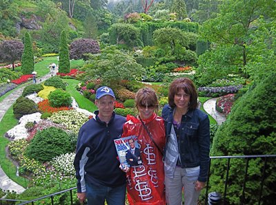 Stuart, Jessica and Barbara Radloff at Butchart Gardens in Vicotria, British Columbia