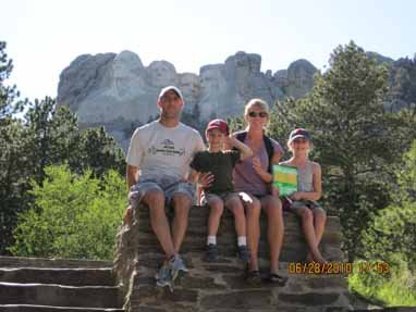 Edwin, Edwin H, Kimberly, and Rachel Lutz, Mount Rushmore