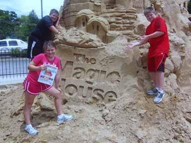 Zach Dingley, Jacob and Abby McGuire, Magic House in Kirkwood, Missouri