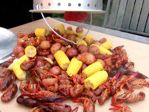 Crawfish-Boil_bucket.jpg
