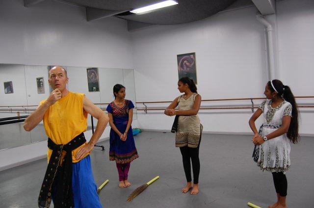 Matthew Traeger (as the king) and his servants Pooja Patel, Anjali Desai and Prapti Patel.