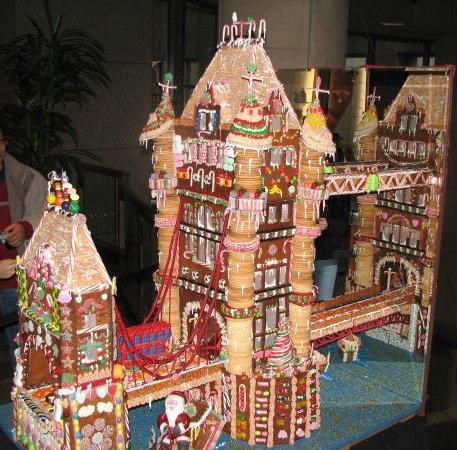 gingerbread-house-10.jpg