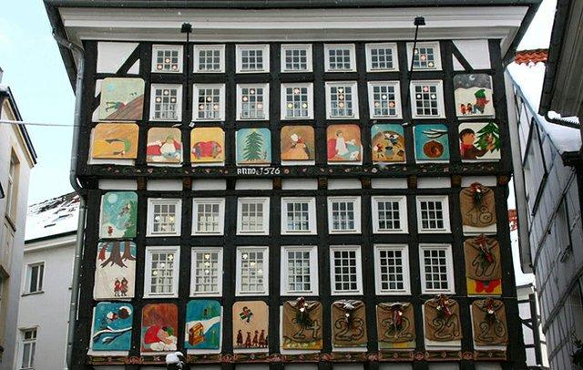 800px-Hattingen_-_Untermarkt_-_Altes_Rathaus_09_ies.jpg
