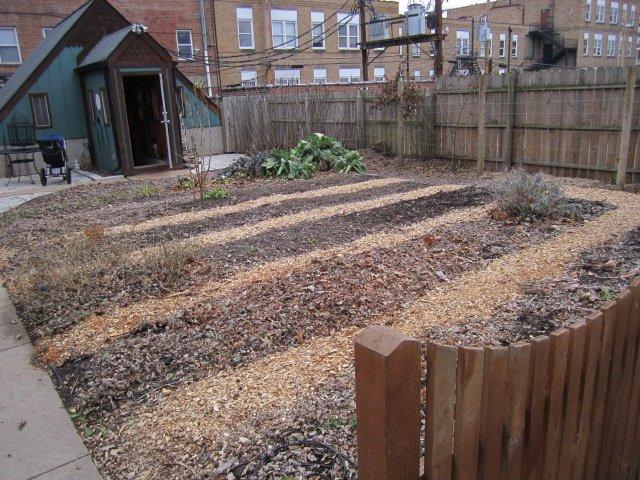 karens food garden.JPG
