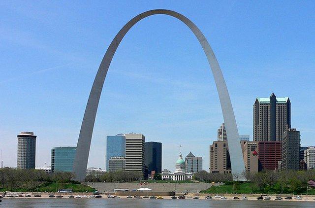 774px-St_Louis_Gateway_Arch.jpg