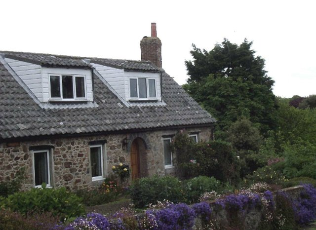7_ Stone cottage on Guernsey .jpg