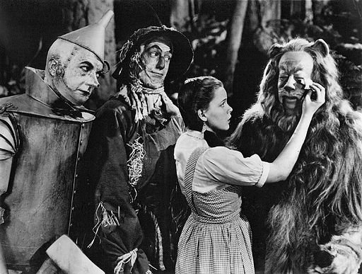 512px-The_Wizard_of_Oz_Haley_Bolger_Garland_Lahr_1939.jpg