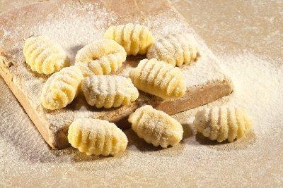gnocchi-pasta-food_H_many.jpg