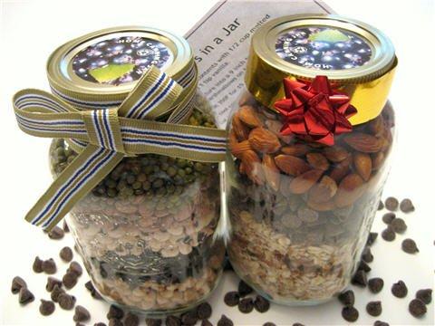 gifts_jar_soup_cookies_muffins.jpg