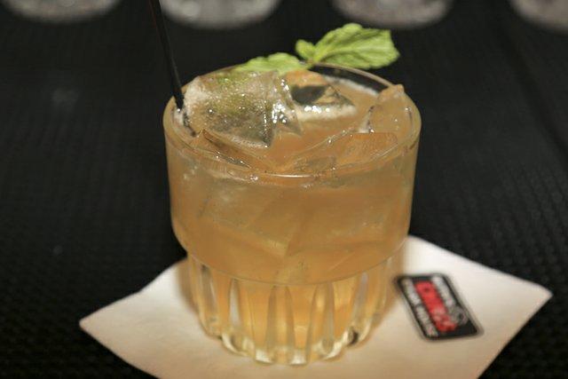 105833-Whiskey005.jpg