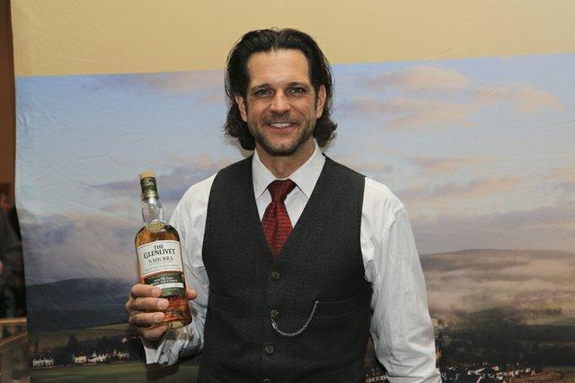 105913-Whiskey085.jpg