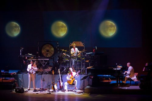 Mannheim Steamroller Christmas (December 8)