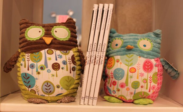Maison Chic boy and girl Owl Bookends