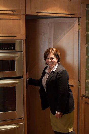106166-Longs-kitchen-secret-passage-10.jpg