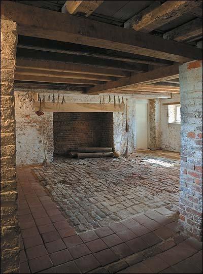 6 Colonial basement.jpg