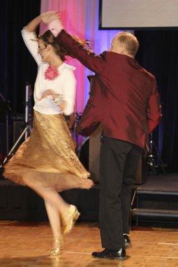 107370-Dancing210.jpg