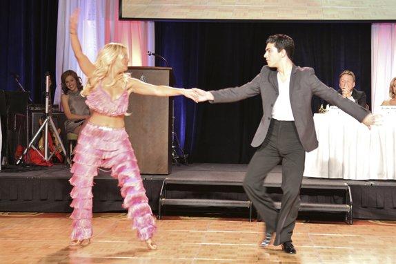 107391-Dancing247.jpg