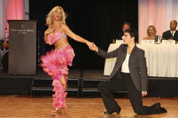 107394-Dancing254.jpg