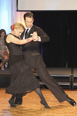 107404-Dancing271.jpg