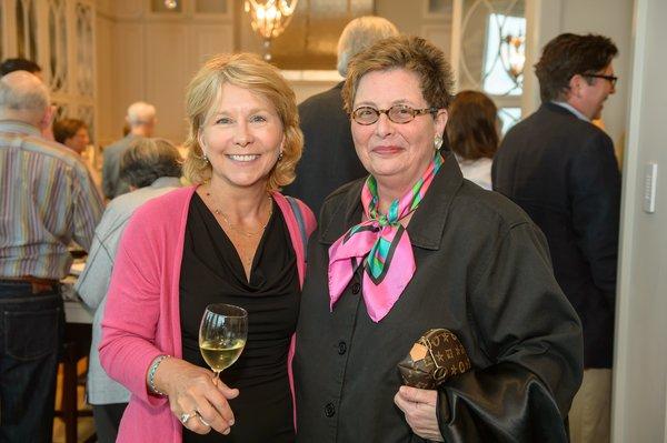 Mary Binch, Sanda Rosenblum