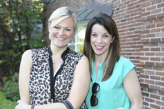 Katie Yeadon, Lindsey Hogan
