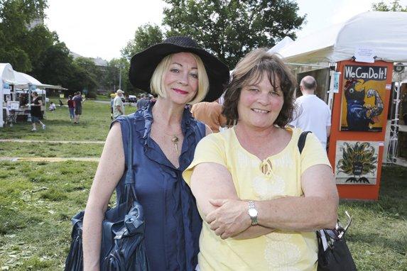 Maureen Menary, Susan Renard