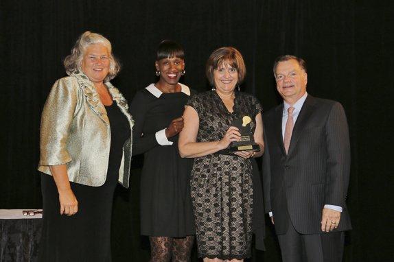Maureen Moore, Jackie Joyner-Kersee, Honoree Karen Giesler, Greg Boyce