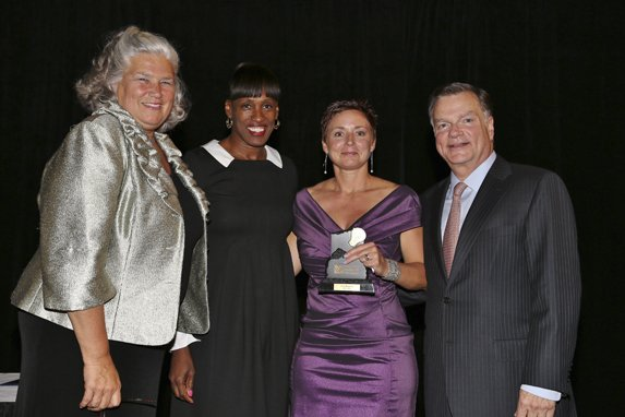 Maureen Moore, Jackie Joyner-Kersee,Honoree Tina Barisch, Greg Boyce