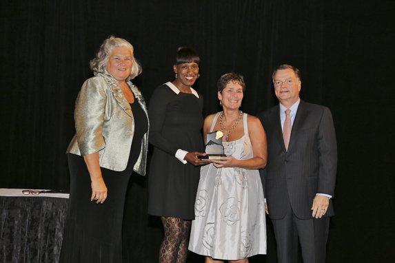 Maureen Moore, Jackie Joyner-Kersee, Honoree Cathy Westbury, Greg Boyce