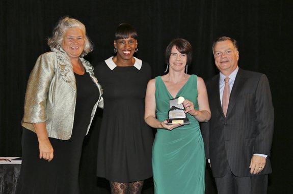 Maureen Moore, Jackie Joyner-Kersee, Honoree Keely O'Hara-Abein, Greg Boyce