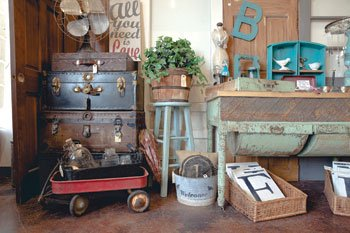 4 Quarters Vintage-Furniture and Home-Decor Shop Opes in Dardenne ...