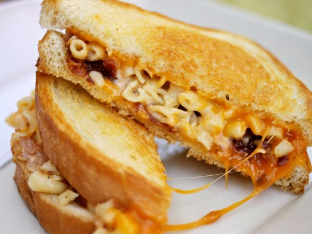 tom-and-chee-grilled-mac-and-cheese-cincinnati-edit.jpg?cb ...