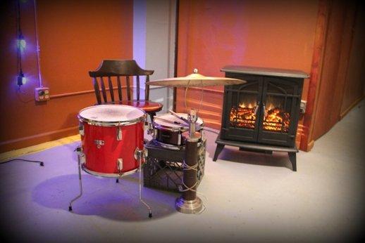 lospunk1_drums.jpg