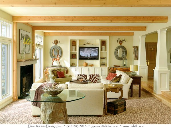Traditional Interior Design Less Than 3,000 Square Feet