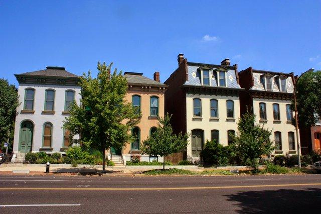 St. Louis Avenue