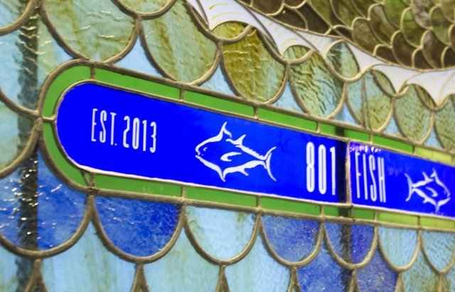 Fish_closeupglass.png
