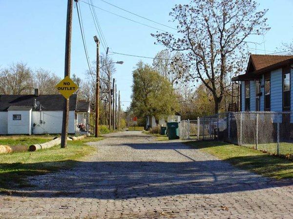 Naffziger Nearby Residential in East St. Louis.jpg