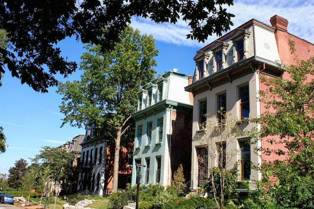 Naffziger Benton Place #2.JPG