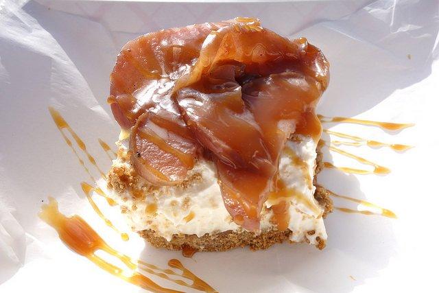 wayno_cheesecake.jpg