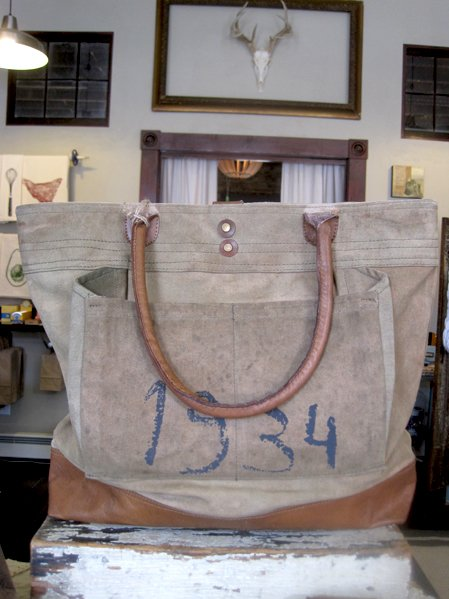 SLM vintage canvas bag 9056.jpg