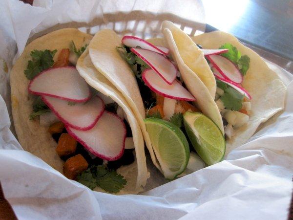 SLM black bean swt pot trio tacos.jpg