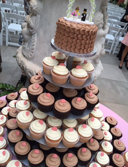 wedding cake alternative cupcakes