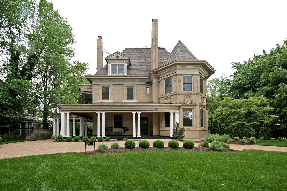 On the market victorian overlooking forest park - Interior design schools in st louis mo ...