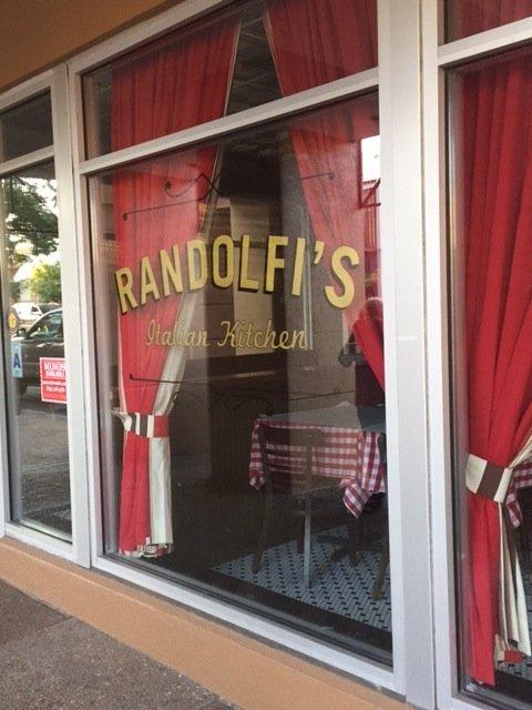 Randolfis_ext.JPG