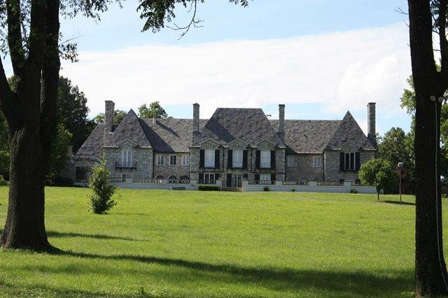 Orthwein Mansion 017.jpg