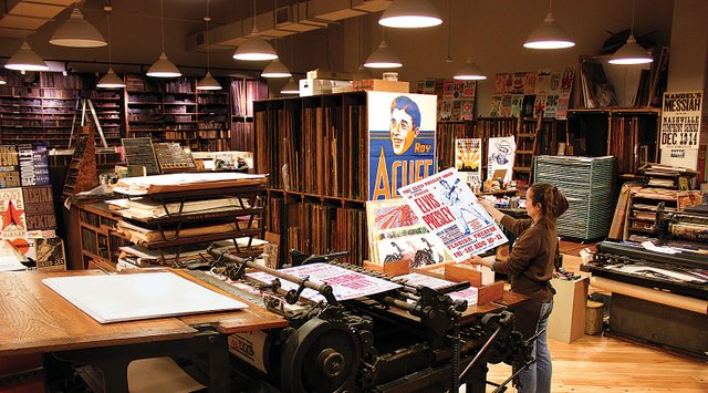 PRESS_SITE_Hatch-Print-Shop-general-celene_at_press-_photo_by_Donn_Jones_-_courtesy_of_the_Country_Music_Hall_of_Fame_and_Museum.jpg