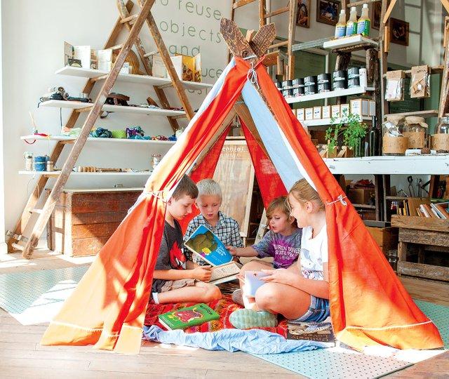 Perennial_Tent_03_CMYK.jpg