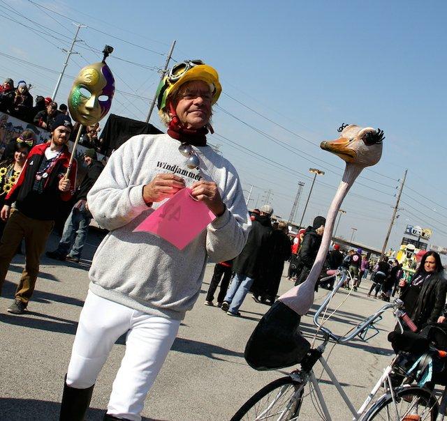 banana-bike-brigade--mardia-gras-2016_24747698532_o.jpg
